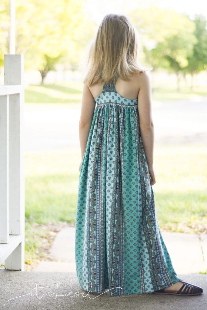 Guest Post: Lilah Top & Dress by Sansahash the Maxi Hack! This dress is perfect for beach wedding and those warm summer